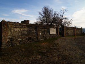 Cimitero_Monte_Sole_mura